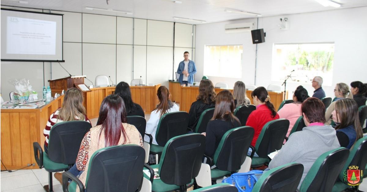 Ação reúne profissionais que atuam com a coleta de exames citopatológicos