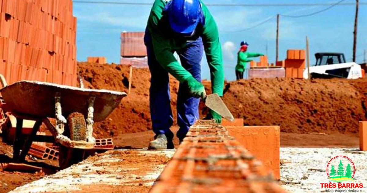 Alerta sobre a obrigatoriedade de alvarás e responsáveis técnicos para novas obras, reformas e ampliações