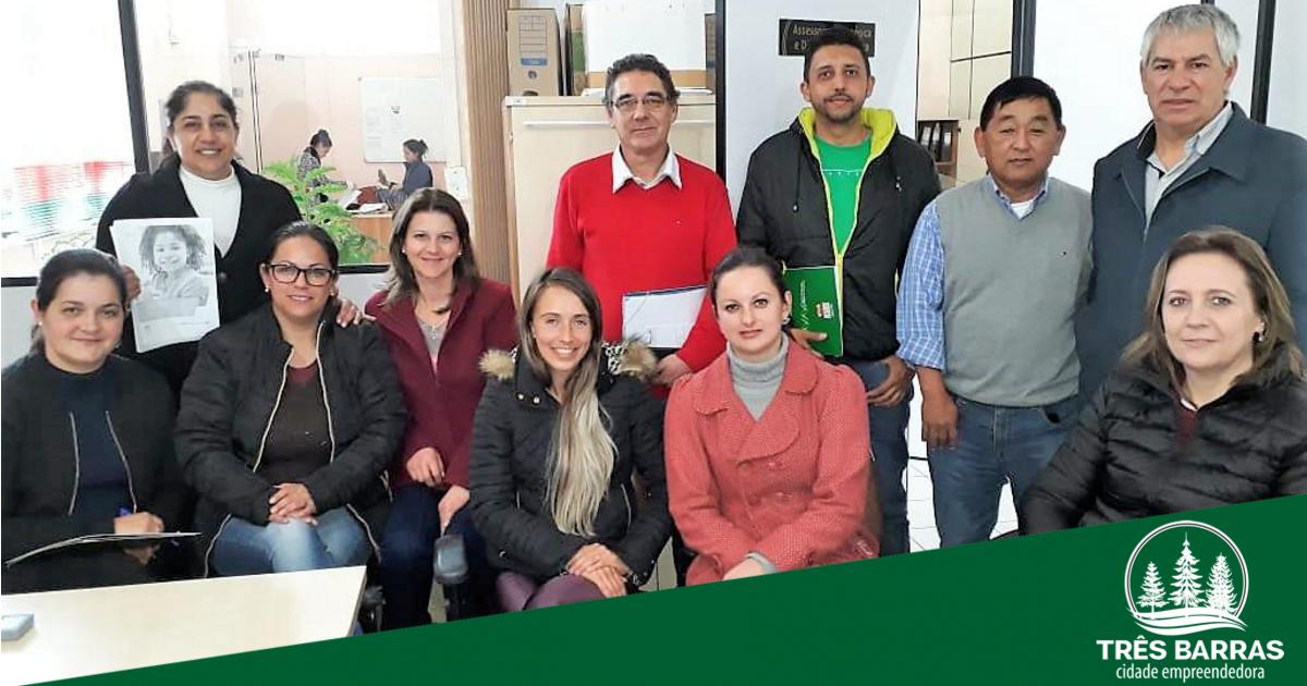 CAE de Três Barras empossa novos membros e participa de encontro regional de conselheiros