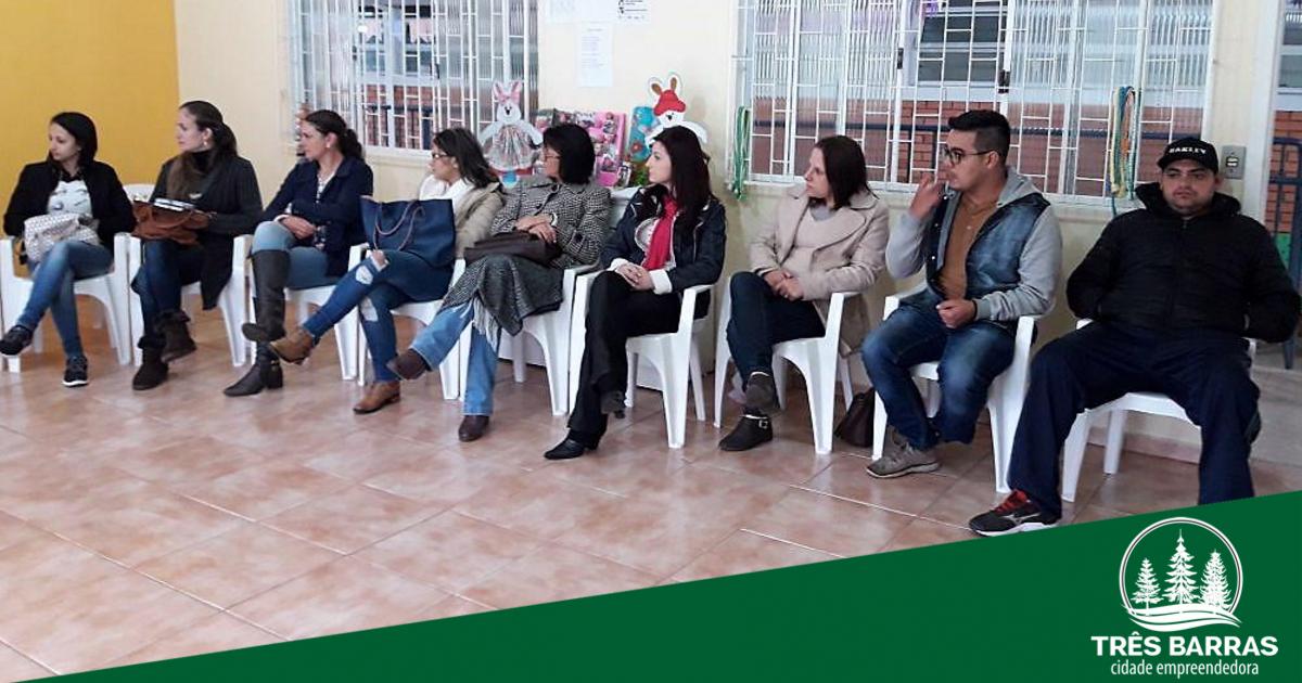 Caps de Três Barras sedia encontro regional da rede de saúde mental
