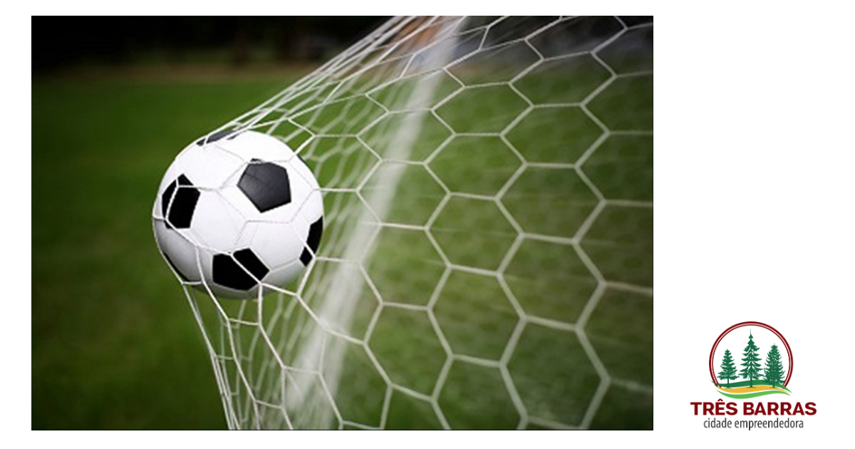 Domingo terá bola rolando por duas competições locais de futebol
