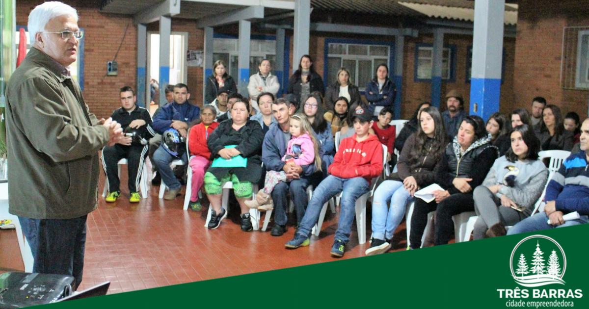 Educação de Três Barras oferece curso de iniciação profissional para mais 175 estudantes