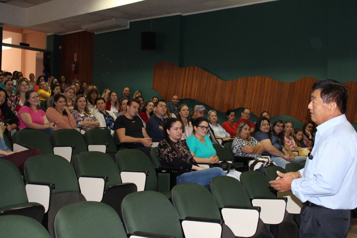 Educação reúne professores para a escolha de vagas em Três Barras