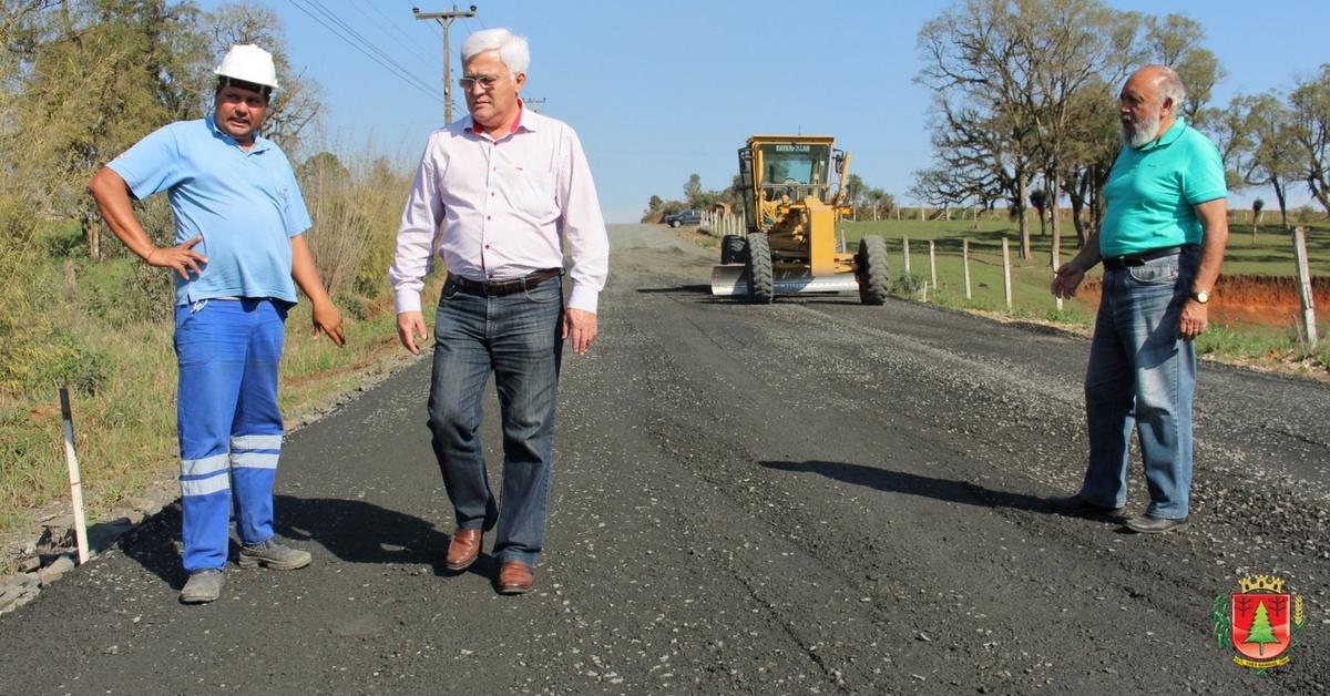 Estrada Transfalcônica deve receber camada asfáltica na próxima semana