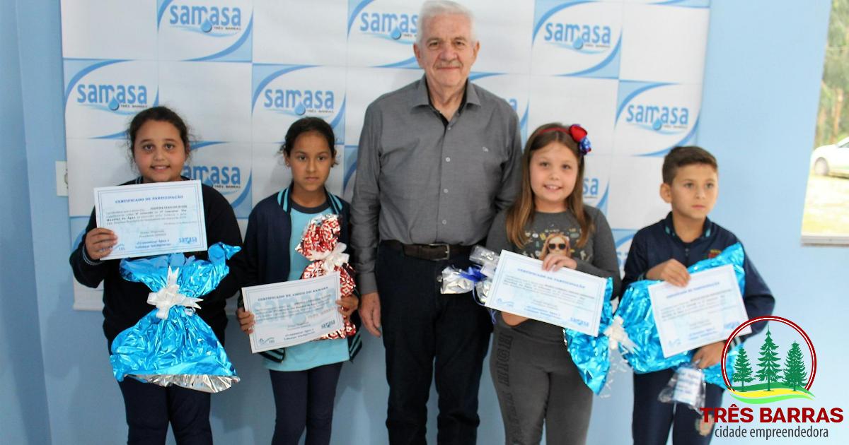 Estudantes são premiados por desenhos vencedores no 2° Concurso do Dia Mundial da Água