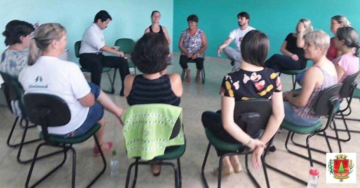 Funcionários do Caps iniciam curso sobre Meditação