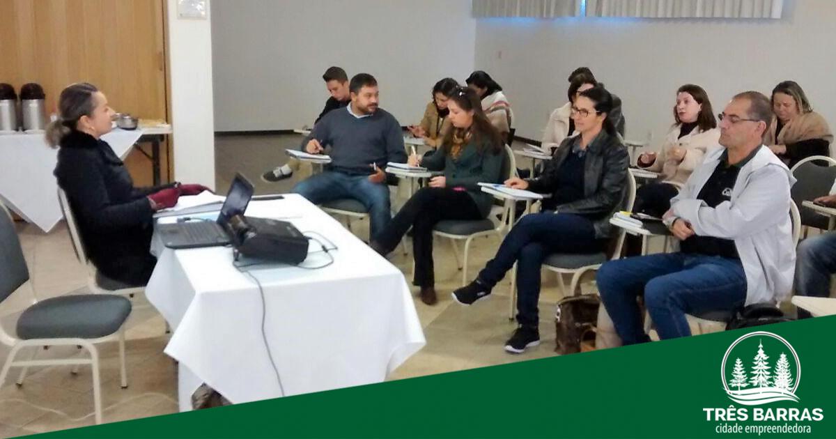 Gestora de Cultura de Três Barras participa do Conselho dos Gestores Municipais de Cultura de SC