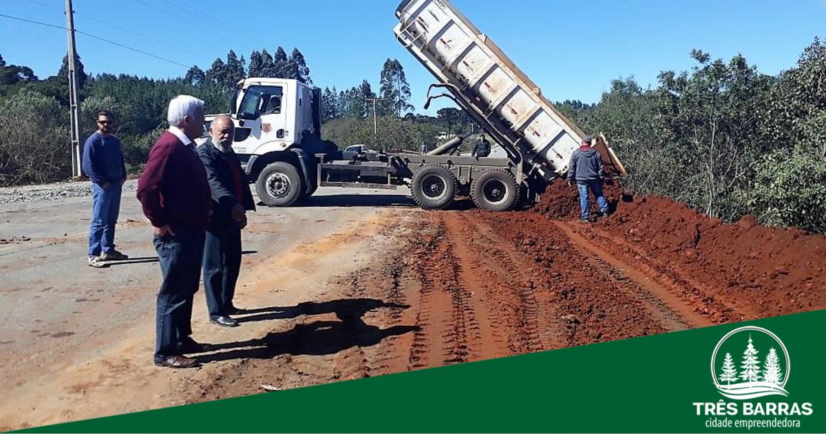 Governo de Três Barras inicia a manutenção emergencial na rodovia estadual SC-120