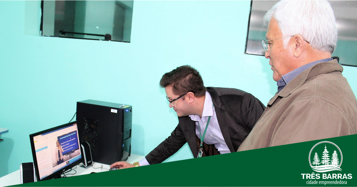 Governo de Três Barras oportuniza cursos profissionalizantes online e de informática a 200 alunos