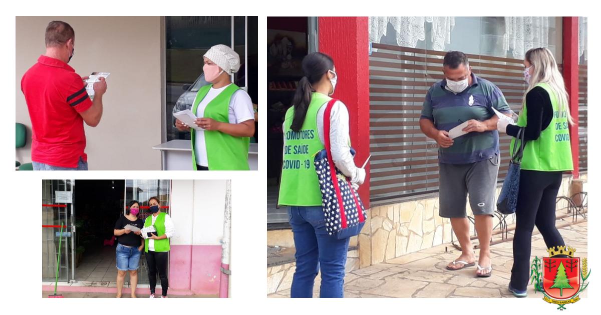 Há promotores de saúde orientando pessoas em cinco pontos do município Três Barras