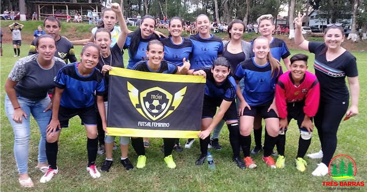 Meninas do Troia são destaques em competições intermunicipais de Futebol Suíço