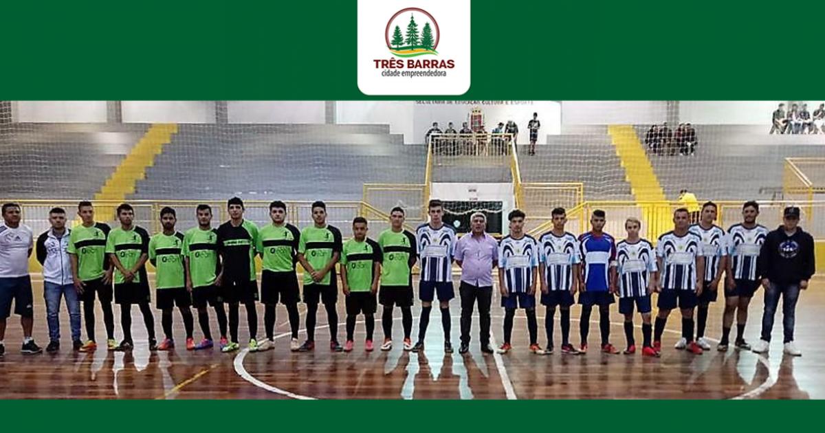 Municipal de Futsal começa com 24 gols nas categorias Infantil e Livre