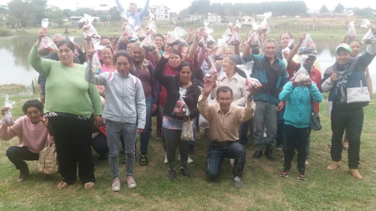Pacientes e funcionários do Caps participam de confraternização