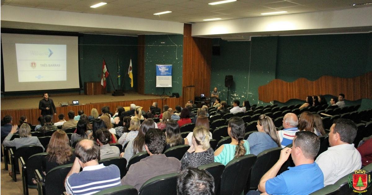 Prefeitura e Sebrae lançam oficialmente o programa Cidade Empreendedora