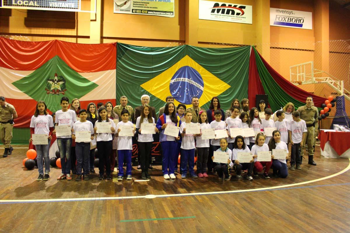 Proerd forma 340 estudantes das redes pública e particular de ensino de Três Barras