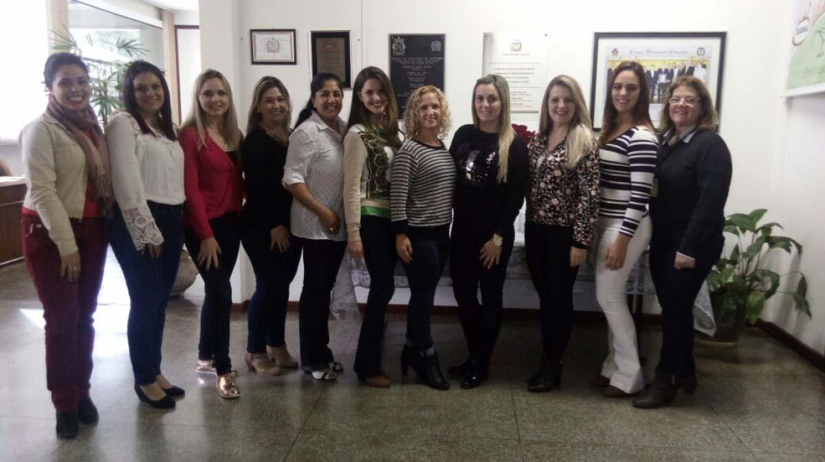 Servidoras municipais participam da 1ª Conferência Regional de Saúde das Mulheres