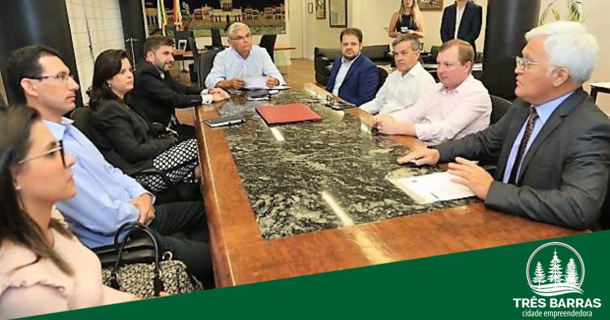 Shimoguiri reforça pedido de recursos para o desvio rodoviário em reunião entre a WestRock e o governador do Estado