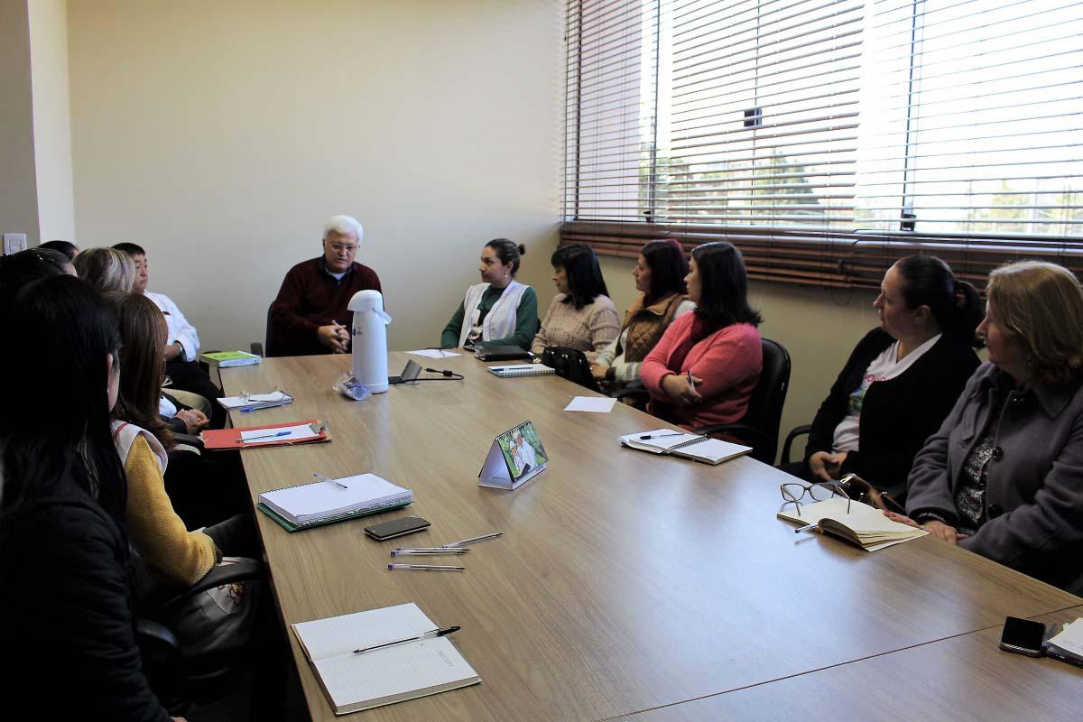 Shimoguiri reúne diretores para pedir a participação da comunidade nas escolas