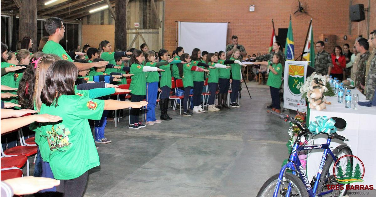 Solenidade marca a formatura de 188 alunos pelo Puma em Três Barras