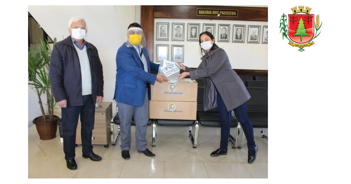 Três Barras recebe a doação de 140 protetores faciais do Lions Clube